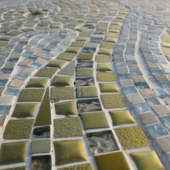 Mosaico pietra e vetro